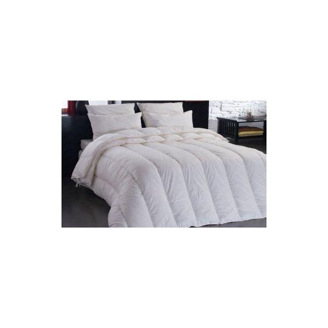 couette chaude dodo couette dodo x pas cher trendy. Black Bedroom Furniture Sets. Home Design Ideas