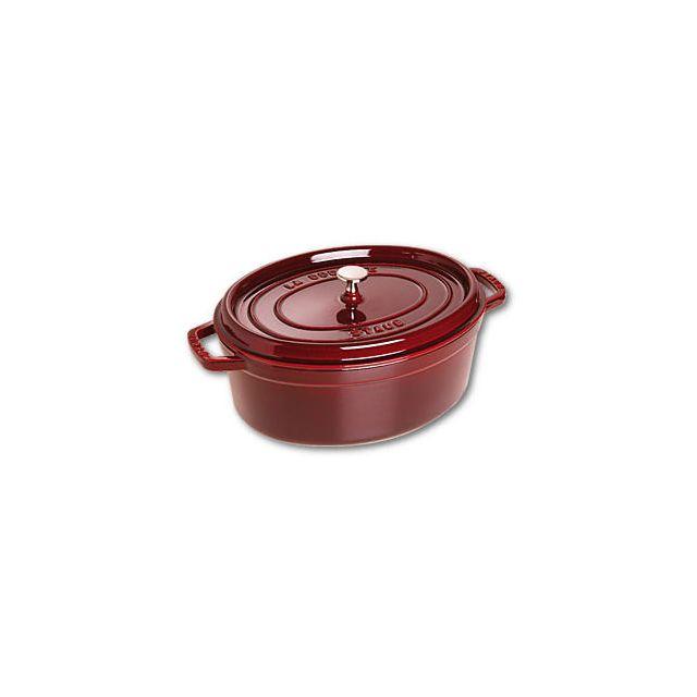 staub cocotte en fonte ovale 31 cm rouge grenadine vitamines pas cher achat vente. Black Bedroom Furniture Sets. Home Design Ideas