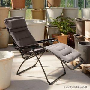 lafuma chaise longue pliante multiposition en acier et toile air comfort futura taupe pas. Black Bedroom Furniture Sets. Home Design Ideas