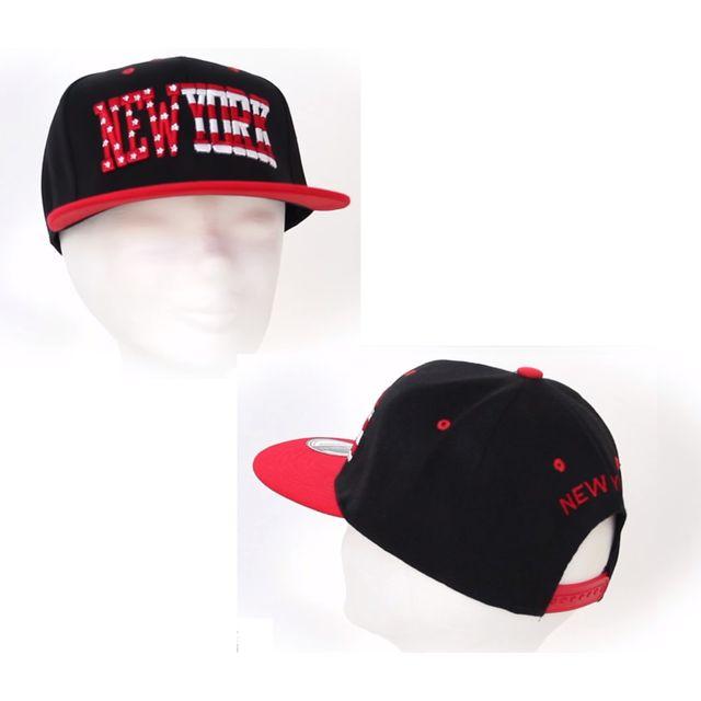 divers new york casquette noire et rouge taille unique pas cher achat vente casquettes. Black Bedroom Furniture Sets. Home Design Ideas