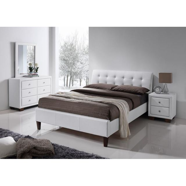 envie de meubles lit simili blanc avec t te de lit. Black Bedroom Furniture Sets. Home Design Ideas