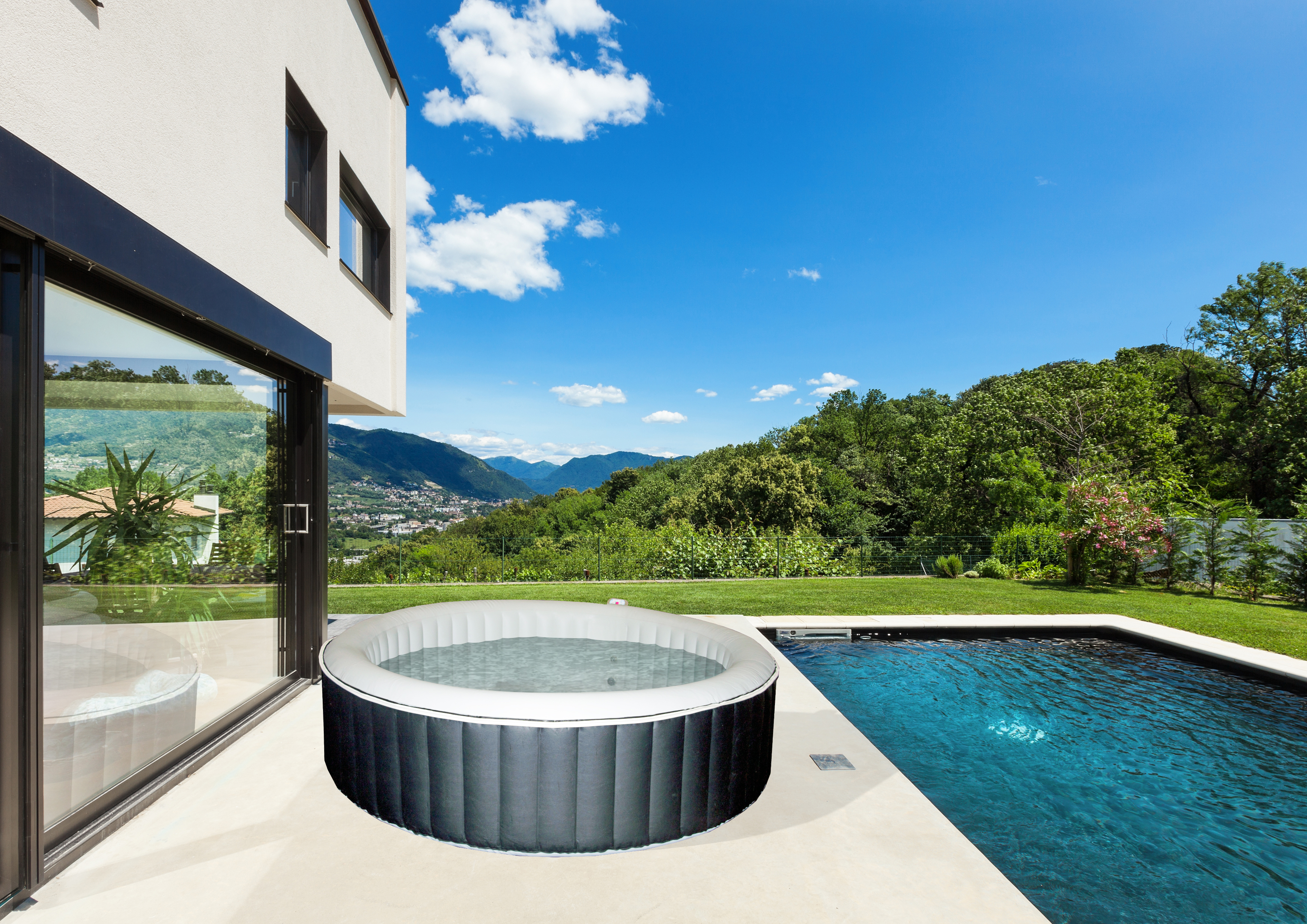 Spa gonflable rond - 3/4 places - LUSH