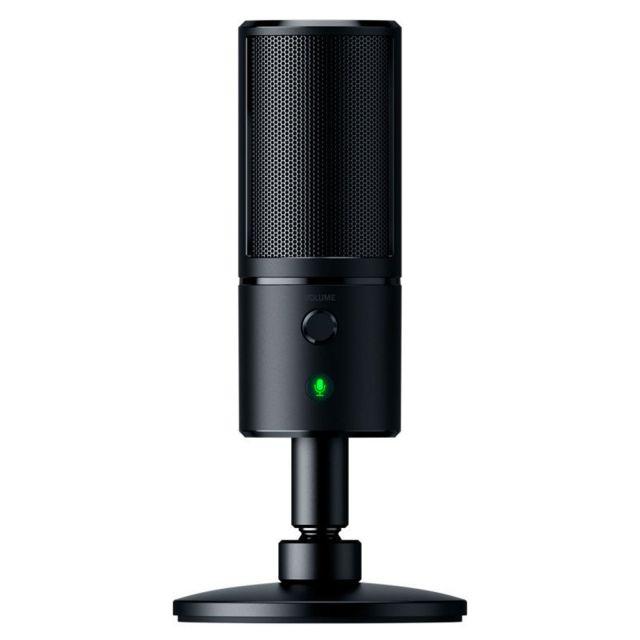 RAZER Micro Seiren X Au moyen d'un mode de captation supercardioïde, le son est enregistré avec un angle plus petit. Le bruit de fond indésirable est alors supprimé, ce qui permet à votre audience de vous entendre clairement et de ne jamais rater un seul