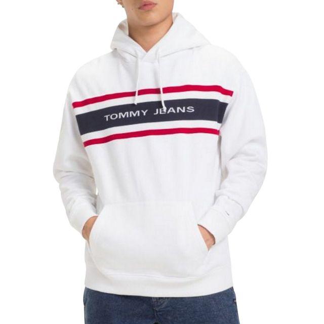 17f1ba73a68 Tommy hilfiger - Hoodie tommy jeans. Description  Fiche technique. Voici  l ensemble des caractéristiques de ce sweat capuche pour hommes ...