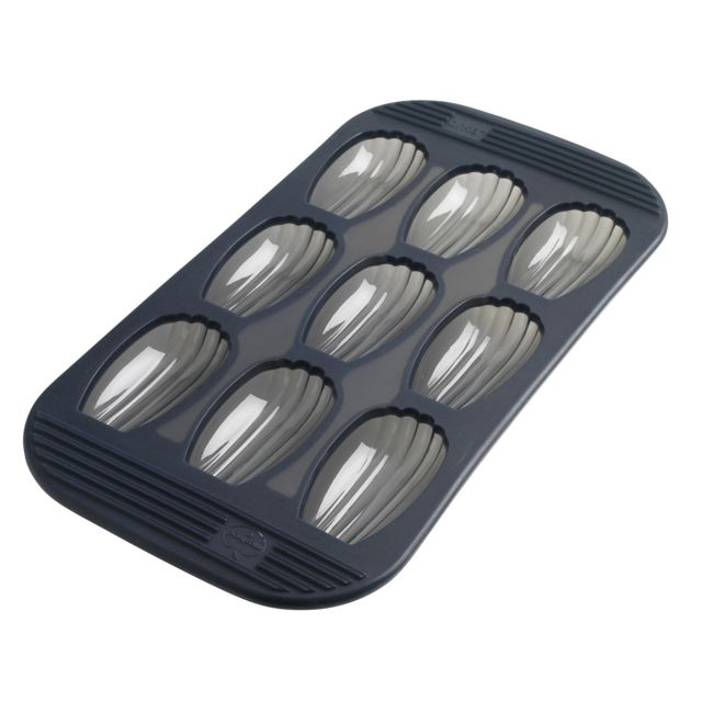 MASTRAD Moule silicone 9 madeleines- F42614