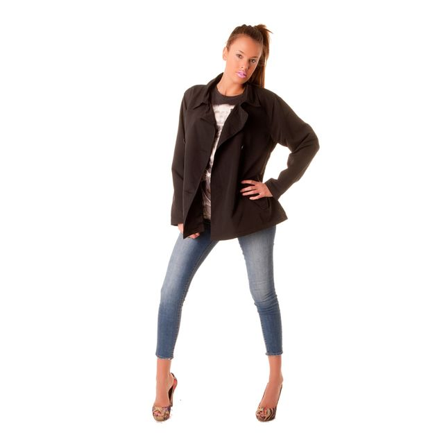 new concept ed01c 10ddc copie-de-superbe-petit-paletot-noir-les-classiques-de-la-mode-dressing- fashion-de-modeuse.jpg
