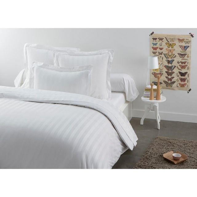 TEX HOME Parure OLIVIER drap plat + 2 taies d'oreiller en satin Parure OLIVIER drap plat 240x300 cm + 2 taies d'oreiller 65x65 cm en satin - blanc