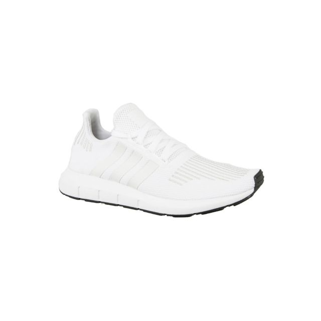 Adidas - Baskets mode originals cg4112 swift run blanc - pas cher Achat   Vente  Baskets homme - RueDuCommerce 9bdcdaaccb9d