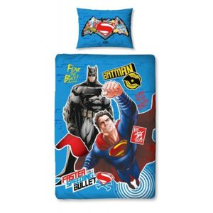 dc comics parure de lit superman vs batman faster multicolore 140cm x 200cm pas cher achat. Black Bedroom Furniture Sets. Home Design Ideas