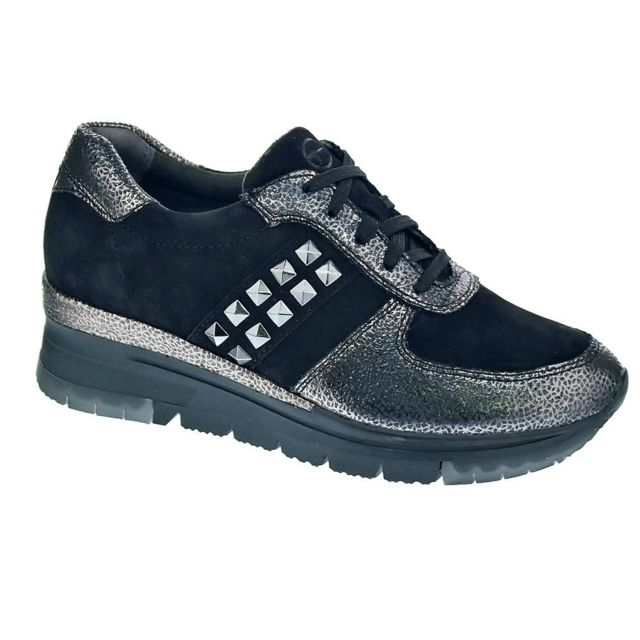 Chaussures Femme Baskets basses modele 23720 33 094