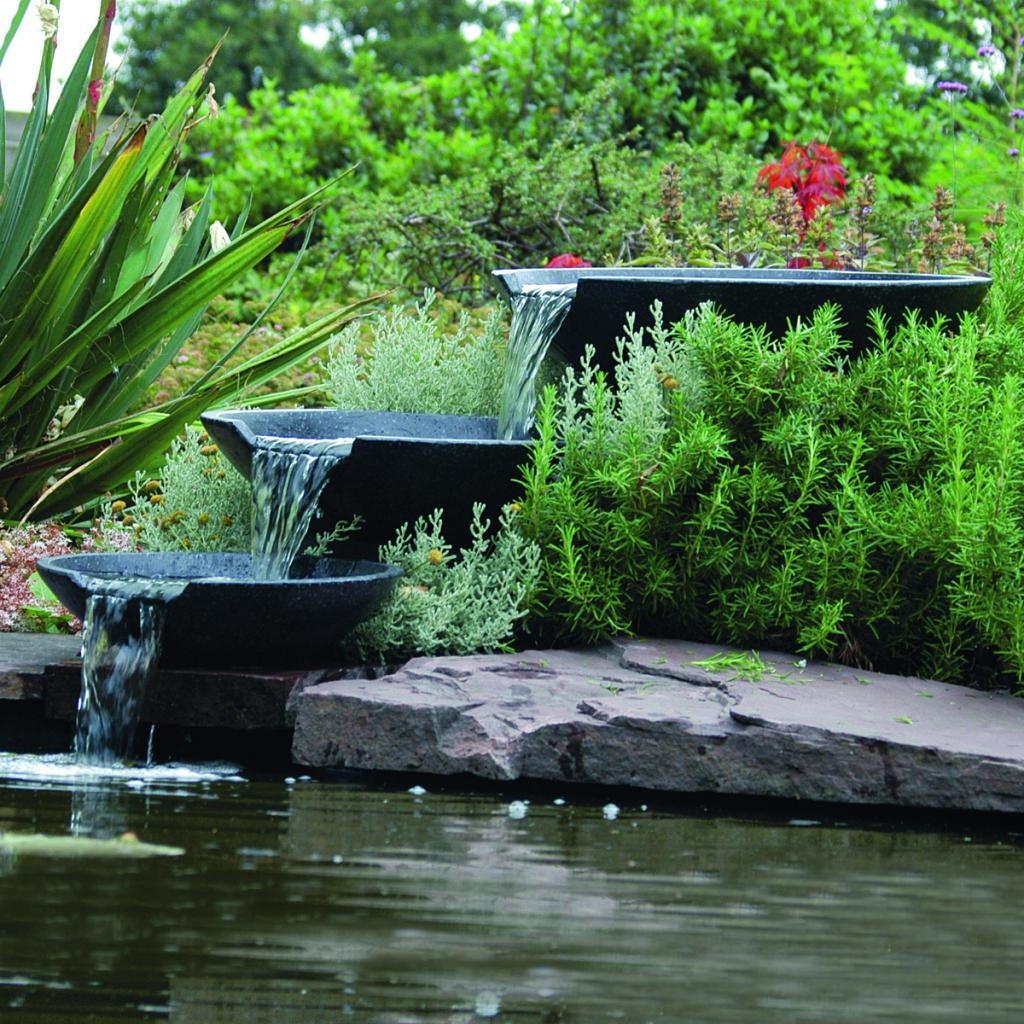 Rocambolesk - Superbe Ubbink Fontaine de jardin Cascade 3 vasques avec pompe 35/45/55 cm neuf