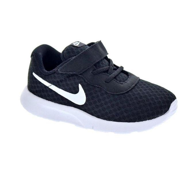 Nike Chaussures Garçon Baskets modele Tanjun pas cher