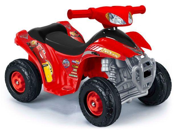DISNEY Cars 3 - Quad électrique pour enfant - 6V Ce tout nouveau Quad Cars 3 6V a une forme très amusante.