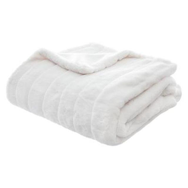 paris prix plaid imitation fourrure manoir 120x160cm blanc pas cher achat vente. Black Bedroom Furniture Sets. Home Design Ideas