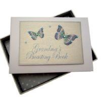 White Cotton Cards - Kleines Fotoalbum Stolze GroßMUTTER, Blaue Schmetterlinge