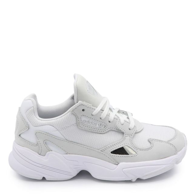 adidas femme chaussures falcon