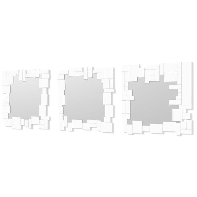 Dekoarte E074 - Miroir mural décoratif moderne avec un cadre décoré et des cristaux blancs dans différents plans, divisé en 3 piè