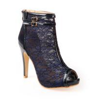 Lamodeuse - Bottines peep-toes bleu marine vernies à dentelle