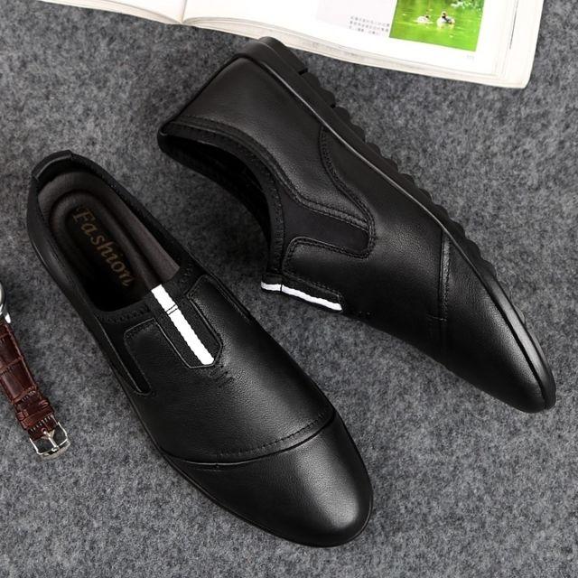Chaussures confortables de mode en peau vache pour hommes Couleur: Noir Taille: 47