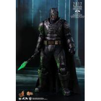 Hot Toys - Mms417 - Dc Comics - Armored Batman Battle Damaged Version