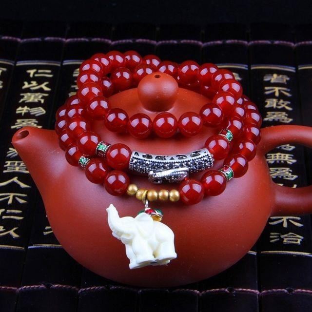 Wewoo - Bracelet rouge Bijoux à la mode Accessoire grenat perles agate et  éléphant b07d41016ab