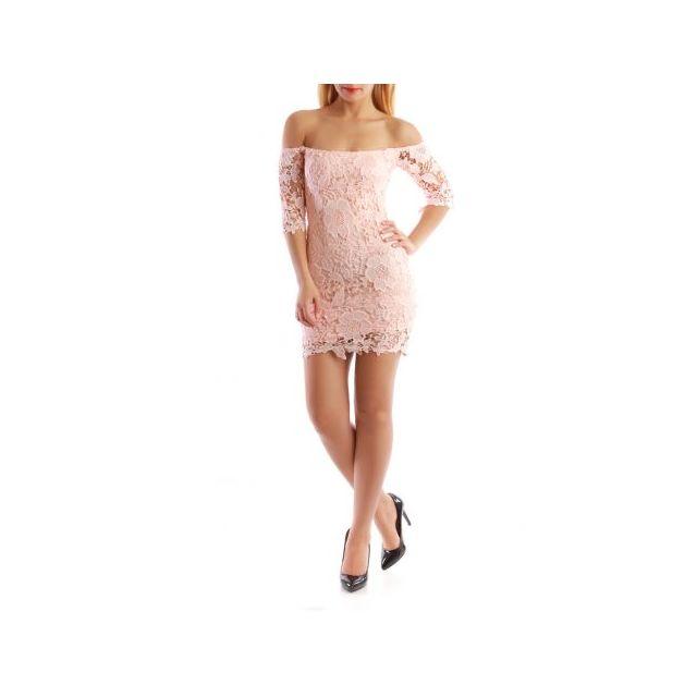 5a8ca20081a59 La Modeuse - Robe moulante en dentelle épaule dénudée rose - pas ...
