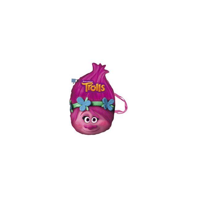 Imc Toys Trolls - Coussin secret Découvrez le coussin secret Trolls ! Votre enfant sera ravi de pouvoir transporter son coussin secret lors des temps calme à l'école ou chez ses amis.Non seulement il décorera la chambre mais pourra aussi être utiliser pou