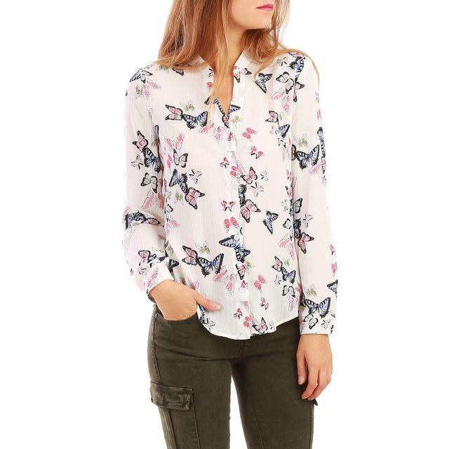 design intemporel 90308 4c519 La Modeuse - Chemisier blanche avec motifs papillons - pas ...