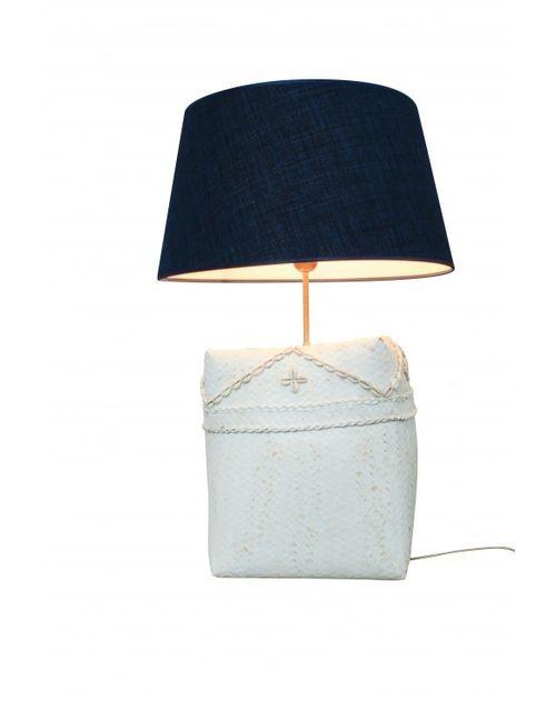 Decoshop Grande lampe en osier et coquillage