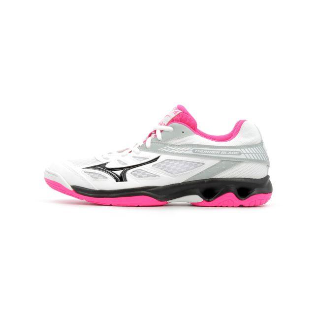 0c25bf4d123 Mizuno - Chaussures indoor Thunder Blade Women - pas cher Achat   Vente  Chaussures hand - RueDuCommerce