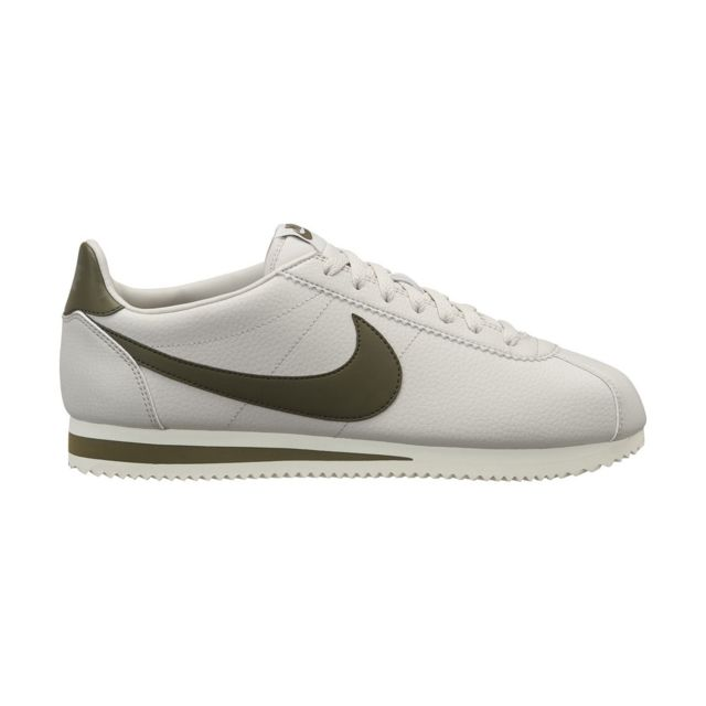 sneakers for cheap 35c17 52756 Nike - Basket Classic Cortez Leather - 749571-004 - pas cher Achat   Vente Baskets  homme - RueDuCommerce