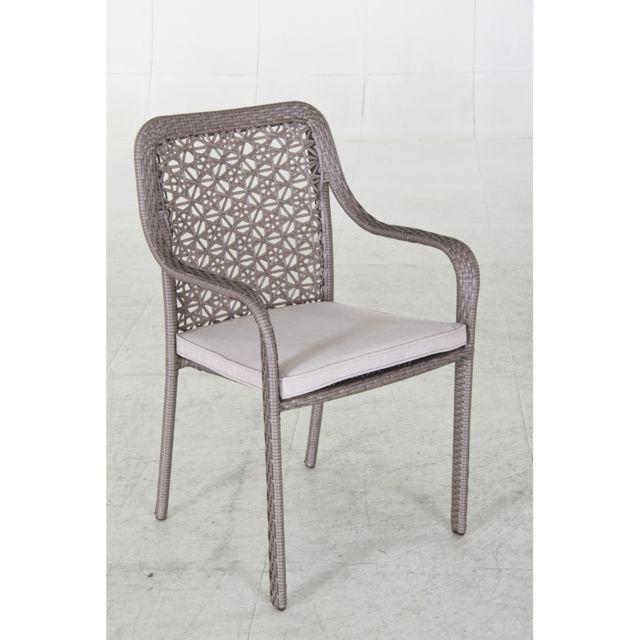 Structure en aluminium recouverte de résine tressée, coloris taupe. Avec coussin en polyester 200g/m², coloris écru
