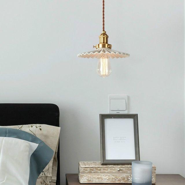 Wewoo Suspension luminaire Lustre Lampe Suspendue simple en verre plissé rétro avec lumière tricolore 5W céramique blanche