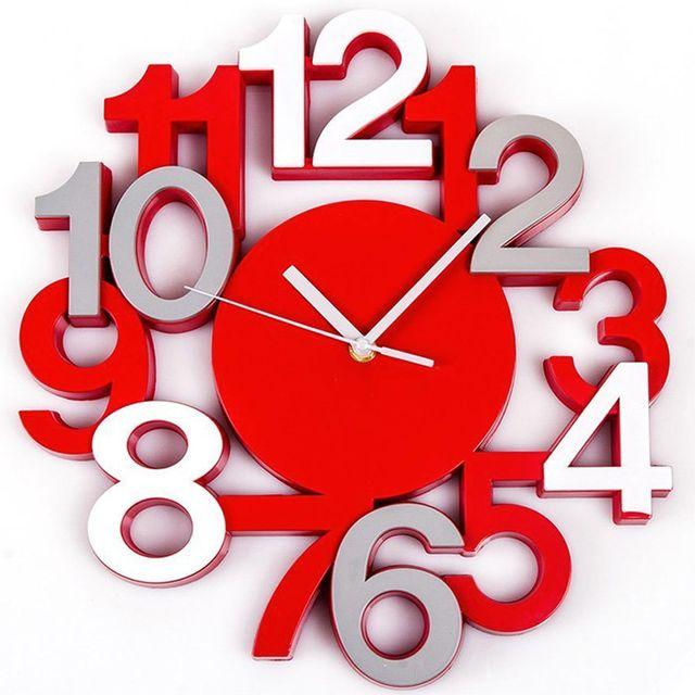 Touslescadeaux Horloge Murale Design Chiffres en Relief - Pendule Silencieuse - Rouge