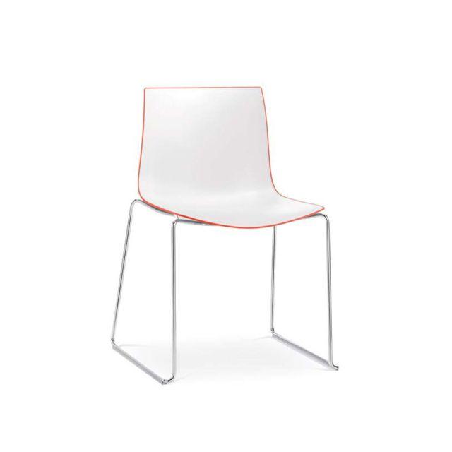 Arper Catifa 46 Chaise bicolour piétement traîneau - rouge/blanc