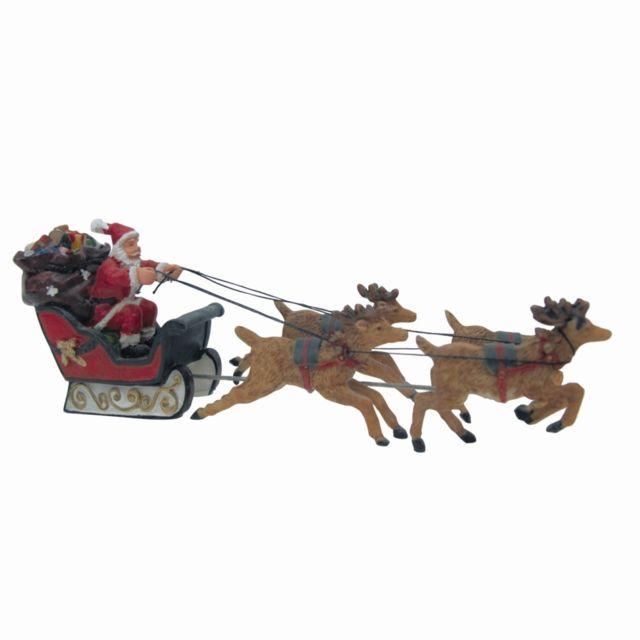 Père Noël et son traîneau