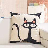 Coussin motif chat   catalogue 2019   [RueDuCommerce   Carrefour]