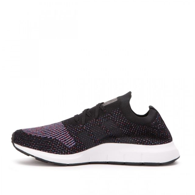 Adidas originals - Basket Swift Run Primeknit - Ref. Cq2894 Noir - pas cher  Achat   Vente Baskets homme - RueDuCommerce d6e72ab97e99