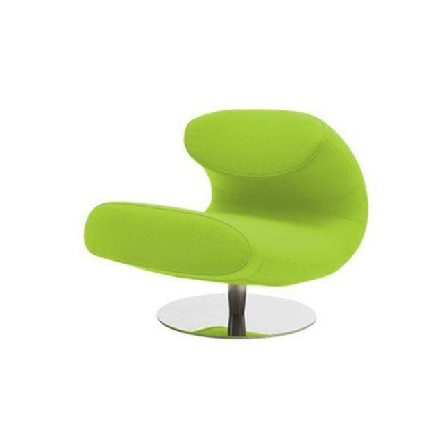 Inside 75 Fauteuil design Rio en vinyl vert avec piétement pivotant en acier inoxydable Softline