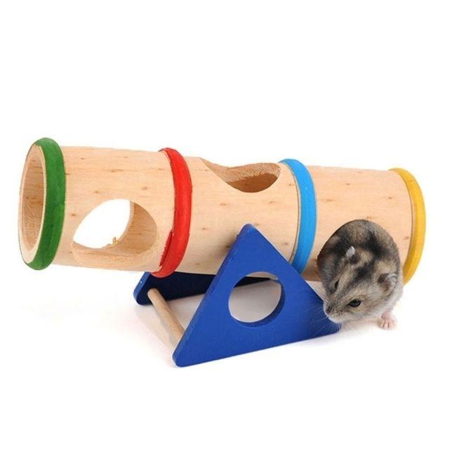 Wewoo Jouet pour Animaux Animal de compagnie Supplies Conception poreuse en bois Hamster arc-en-ciel renversé baril jouets Pet