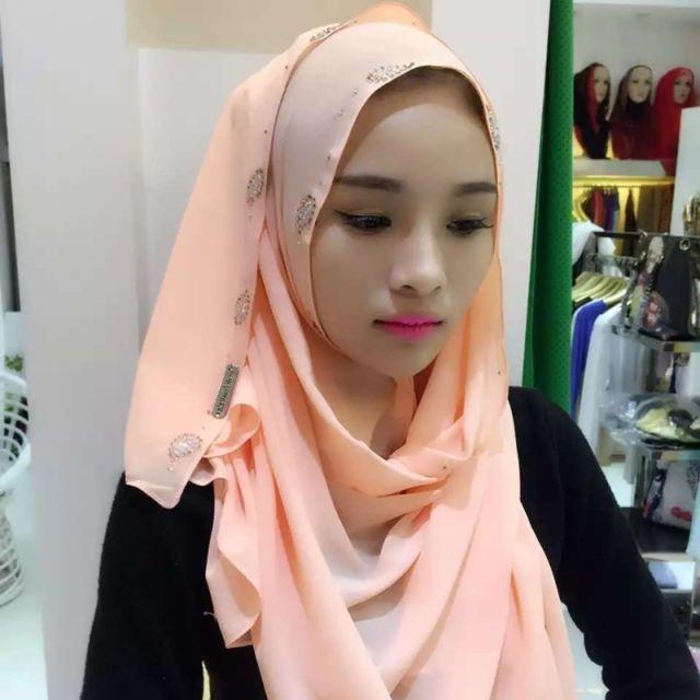 Wewoo - Strass en Mousseline de Soie Perle Caché Boucle Foulard Femme Hui Nationalité  Style Foulard Hijab Musulman Foulard Champagne Or Doré - pas cher ... 4a2e02cce56