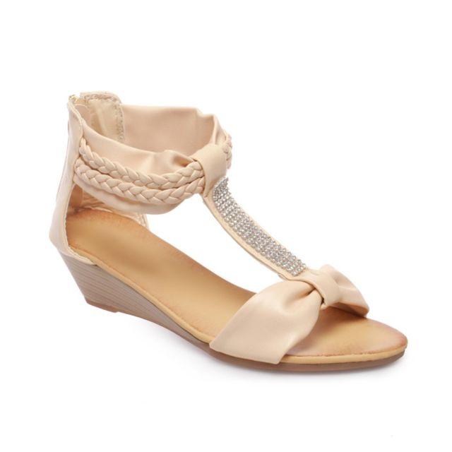 Sandales compensées beiges à brides et perles géométriques