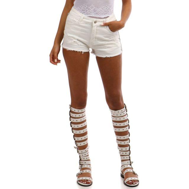 379cc59e87710 Lamodeuse - Short en jean blanc destroy avec bandes bijoux - pas ...