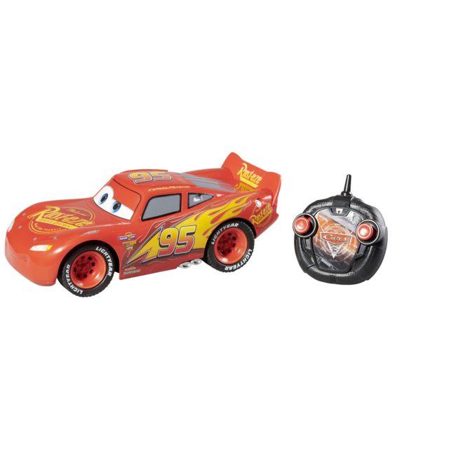 CARS Voiture radiocommandée RC Hero multifonctions + Manette Voiture radiocommandée Cars RC Hero multifonctions + Manette - Echelle 1/12 - Coloris : Rouge - Dimensions de la boîte : L 24 x 49,5 x H 19,5 cmCaractéristiques techniques :-