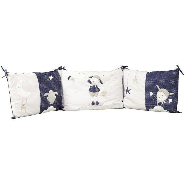 faire un tour de lit cest dune grande simplicit jai fait mon tour de lit avec de la tulle et. Black Bedroom Furniture Sets. Home Design Ideas