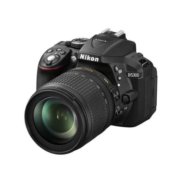 Nikon - D5300 + Objectif AF-S 18-105 mm - Noir