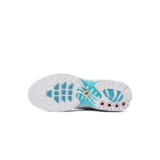 Nike Basket Air Max Plus Ref. 852630 105 pas cher