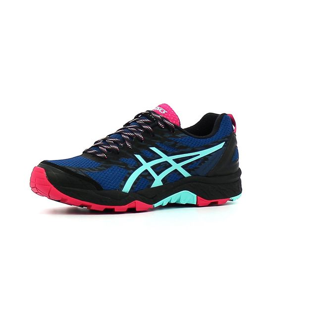 chaussure trail asics pas cher