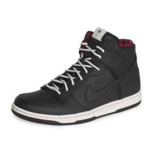 Nike Rain Baskets Dunk High Ultra Rain Nike 845055002 Noir pas cher 4b9301