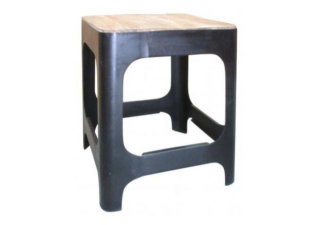 Declikdeco Nous adorons le design atypique et original de cette Table d'appoint en bois et en métal H46 Carmina. Elle s'intègrera f
